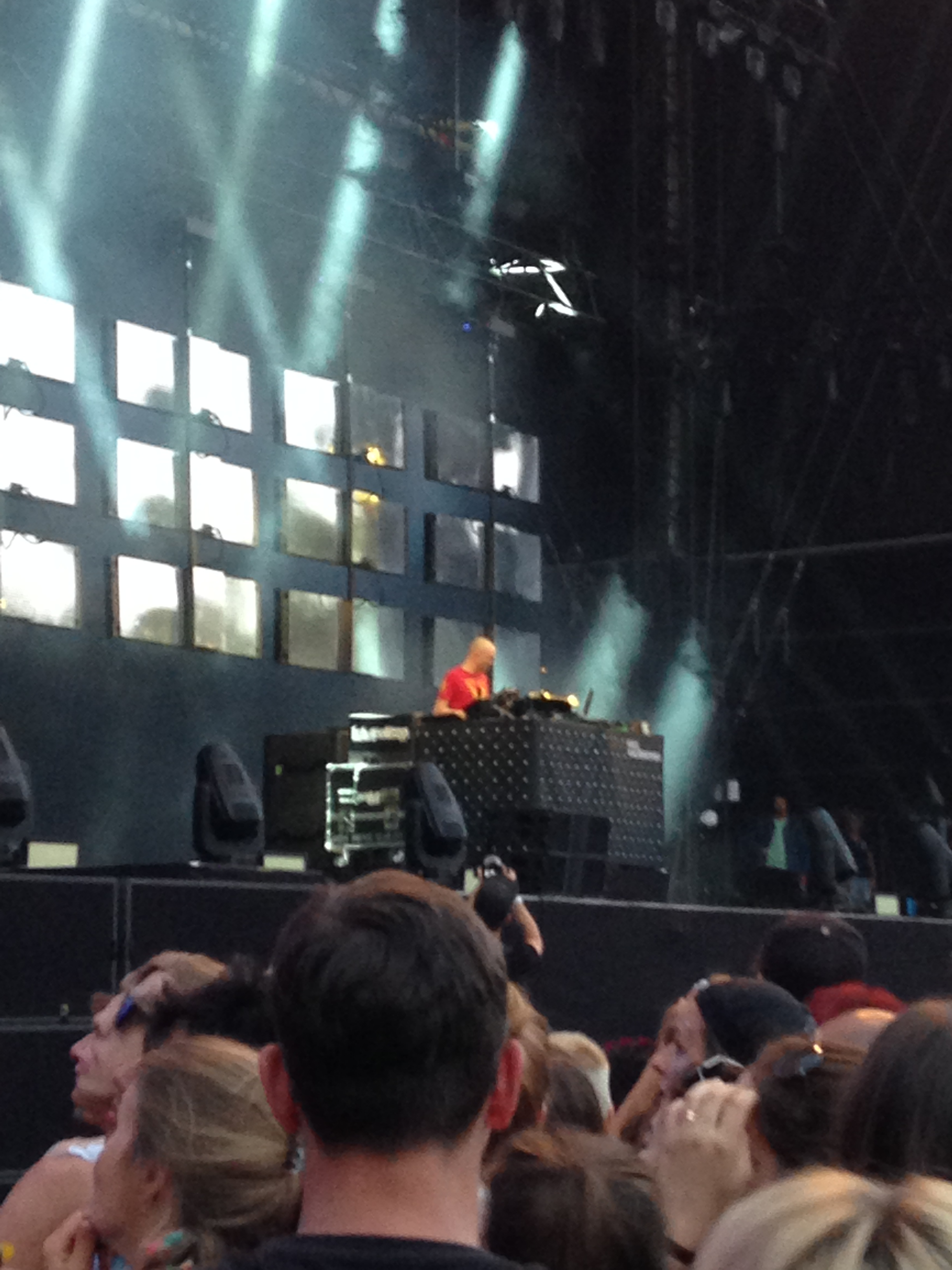 Paul Kalkbrenner in action